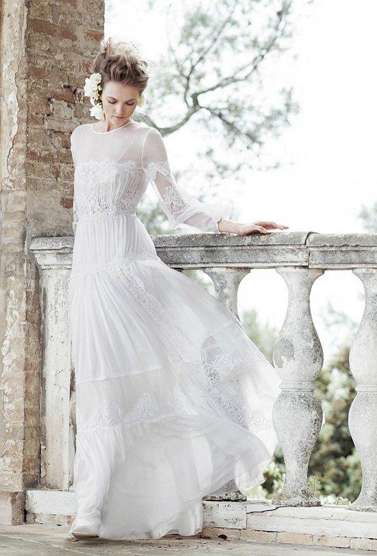 8f23b06ad66da64 Хотите чувствовать себя в этот особенный день настоящей леди? Смело  выбирайте одно из платьев коллекции Alberta Ferretti весна-2016.
