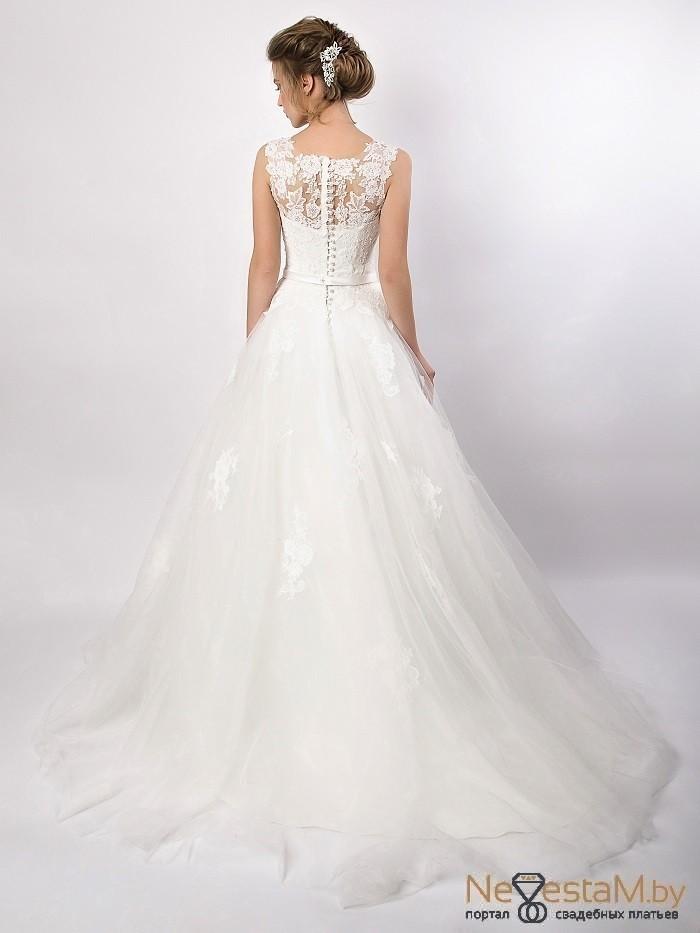 eb8e0ebdda6 ... Свадебное кружевное платье средней пышности SHKAFPODRUGI в Минске ...